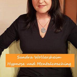 """Bilder TV-Premiere - Sandra Wollersheim als Talkshow Gast, Hamburg 1 in """"Erfolge bevorzugt"""" bei Martina Hautau."""