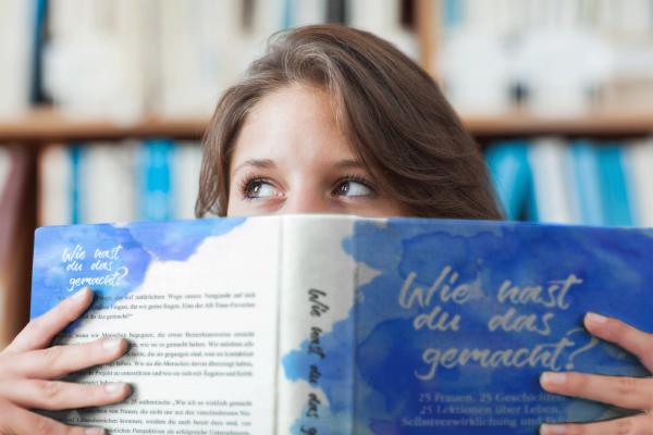 """Buch - Sandra Wollersheim als Co-Autorin, Fempress Media """"Wie hast Du das gemacht"""" Verlegerin Doris Groß"""
