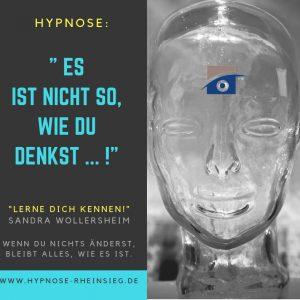 Hypnose - es ist nicht so, wie Du denkst Es ist nicht allein so, wie Du denkst. Wissen ohne die Verknüpfung mit dem Herzen, den Gefühlen ist nur die halbe Miete. Mit jedem Gedanken ist eine Emotion verbunden. Sie wirkt aus dem Verborgenen heraus, aus dem Unterbewusstsein. Finde auf einer Ebene jenseits des Verstandes haraus, welche Emotion, welcher tiefsitzende Glaube und welche Erfahrung zu diesen Verknüpfungen geführt haben und verändere so dein Verhalten. Du kannst dir eine neue Illusion erschaffen.